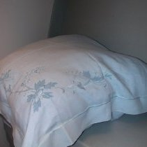 Image of 2007.17.01c - Pillow