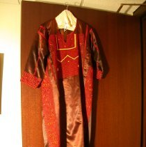 Image of 2009.03.16 - Gown