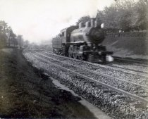 Image of 01775 - Steam engine and train