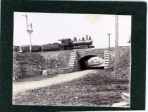 Image of 01783 - Steam engine and train