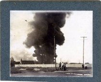 Image of 01792 - Point Breeze Oil Fire
