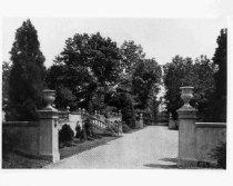 Image of 01362 - Allgates Garden Walk