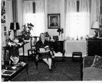 Image of 382 - Lawrence Homestead Living Room