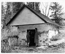Image of 386 - Brookthorpe Spring House
