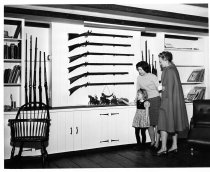 Image of 390 - Flintlock - Gun Room
