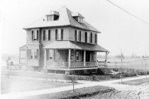 Image of 609 - 119 Brookline Blvd House