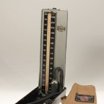 "Image of Baumanometer, ""300"" model -"