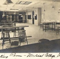 Image of Postcard dipicting dissecting room at the University of Vermont, Medical College.