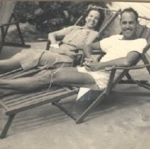 Image of Mr and Mrs James L Loomis, Jr