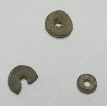 Image of Beads (Stone) - 1967.009.001a-c