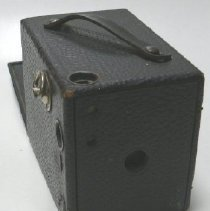 Image of Camera - 1973.028.004