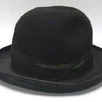 Image of Hat - 1984.010.001