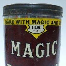 Image of Tin, Baking Powder - 1989.018.019a-b