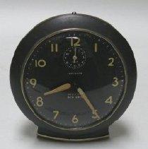 Image of Clock, Alarm - 1990.027.056