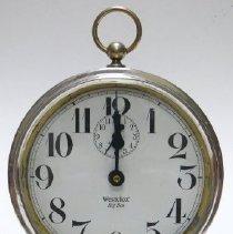 Image of Clock, Alarm - 1997.049.001