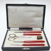 Image of Case, Needlework - 1998.015.001.1-7