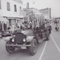 Image of Print, Photographic - Shrine Club truck in Cavalcade of Horses Parade