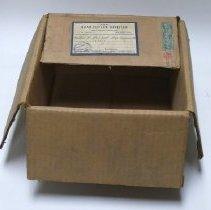 Image of Box - 2004.016.032