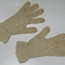 Image of Gloves - 2009.024.006a-b