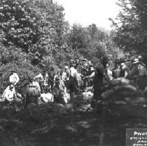 Image of Print, Photographic - Group portrait of men from Glendale and Atchelitz filling sand bags on Cannor Dyke
