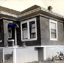 Image of Print, Photographic - Front view of the Sam & Sarah Carson house on 1st Avenue.