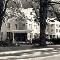 Image of Print, Photographic - Front view of the Harrison Hot Springs hotel