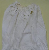 Image of Dress - 1982.002.006