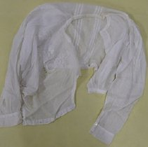 Image of Blouse - 1986.067.037