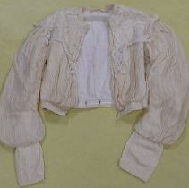 Image of Blouse - 1986.067.038
