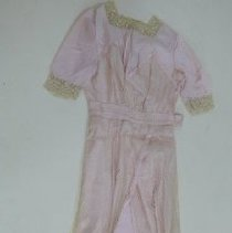 Image of Gown, Bridesmaid - 1988.026.002