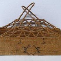Image of Basket - 1994.005.001