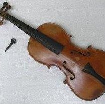 Image of Violin - 2012.045.001