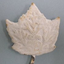 Image of Ornament - 2002.009.002