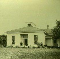 Image of Print, Photographic - Henderson House on Wellington Avenue