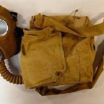 Image of Respirator - 1996.020.002.1
