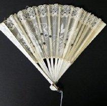 Image of Fan - 1982.014.002