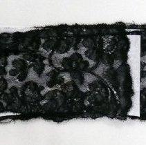 Image of Neckwear, Lace - 1992.002.002a-c