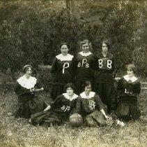 Image of Print, Photographic - Women's Basketball Team