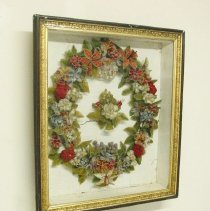 Image of 1947.17.2 - Shadowbox Wreath, Floral
