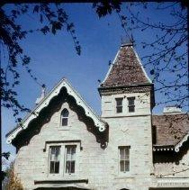 Image of 5849 facade 1977