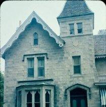 Image of 5852 facade 1967