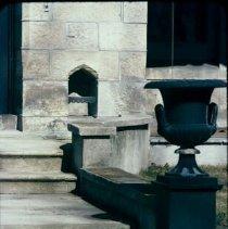 Image of 5854 steps & urn 1969