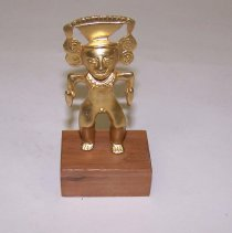 Image of 1975.A.052.ed - Figurine