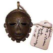 Image of 2013.12.E.34 - Mask