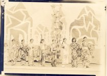 Image of PO.771.0009 - Girls from the Japanese community in Snoqualmie Falls Grade School play.