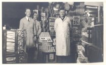 Image of Po.882.0013 - Employees of Lee Brothers Grocery at Grand Opening or First Anniversary 1932 or 1933 Art Lee, Gordon Weller, Al Lee, Bus Weller, Jack Lemma