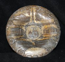 "Image of 882.004 - Metal plate souvenir of Seattle Alaska Yukon Pacific Exposition (AYPE) 1909; ""Bronze"" coated lead."