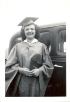 Image of PO.986.0059 - Doris Lucille Mellott. June 1947. Jordan Hi School.
