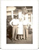 Image of PO.986.0060 - Tom, J Muriel and WW Brown.