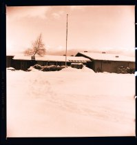 Image of 960.1982.01.11.02.03 - Snow at North Bend Elementary School.